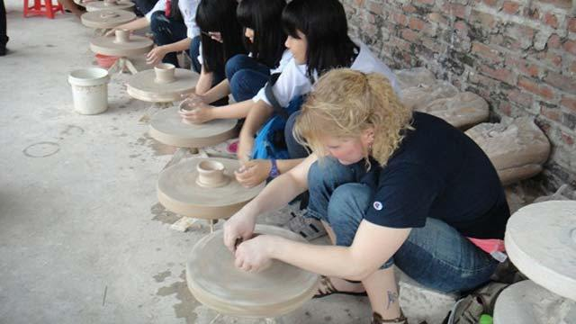 BAT TRANG CERAMIC VILLAGE FULL DAY TRIP